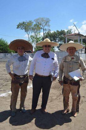 Ovidio Ruiz, Tomas Wheelock, Carlos Aceves, jueces de la charreada.