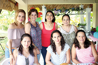 Roxana D´Elia, Bere Sing, Karina Ochoa, Aura Pérez, Zussette Barrios, Jenny Domínguez, Lupita Tamayo.