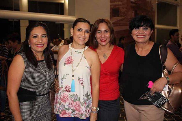 Marycarmen Briones, Conchita Guillén, Adriana Méndez, Carina Martínez.