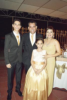 Familia Méndez Morales.