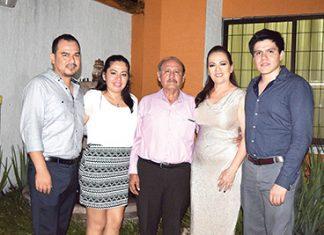 Alex, Cessna, Joaquín Hernández, Loren Lara, Salvador Hernández.