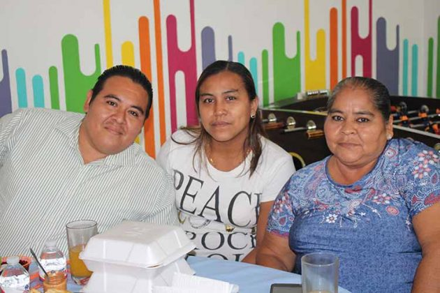 Andrés Pantoja, Laura Ocampo, Lourdes Monterrosa.