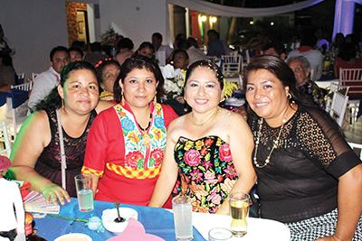 Concepción Martínez, Nora Hernández, Erika Reyes, Elianet Rito.