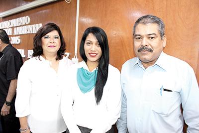Sara Bello, Marcela Chiu, Jorge Toledo.