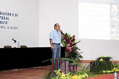 """Raúl Cuevas, Ponente con el tema """"Tianguis Huacalero, Productos Orgánicos""""."""