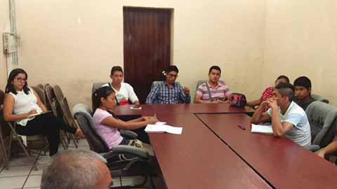Protestan Normalistas en la Presidencia de Huehuetán