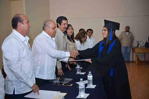 Continuar su Formación Profesional e Ingresar a los Programas de Posgrados