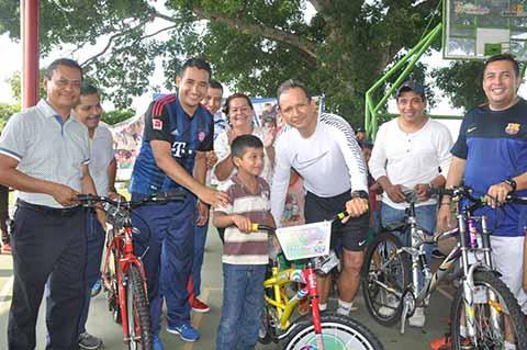 Llega al Ejido Ahuacatlán el Proyecto Domingos Familiares en tu Comunidad