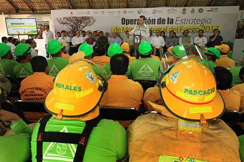 Con acciones de prevención, instrumentado por el gobernador Manuel Velasco Coello, así como la coordinación interinstitucional y el uso de la nueva tecnología satelital, permitieron que Chiapas se encuentre fuera de los 10 Estados con mayor número de hectáreas afectadas por incendios forestales.
