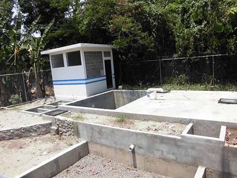 """En Lugar de Planta de Tratamiento Construyeron Una Fosa Séptica en """"San Antonio Cahoacán"""""""