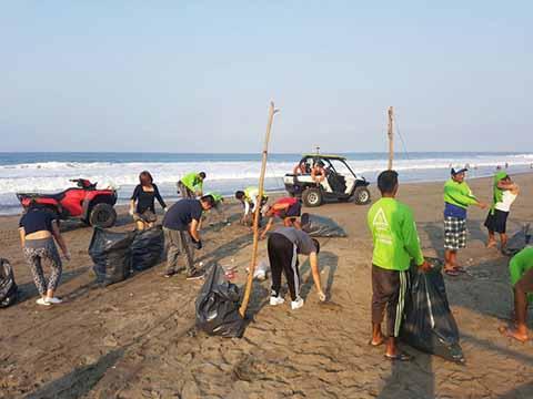 Inicia la Limpieza de Playas Costeras y Centros Turísticos