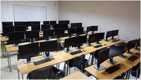 Centro de Cómputo con Tecnología de Punta Inaugura Rector de la Uptap