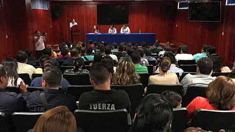 Policías de la SSyPC son Capacitados en el Tema de Agravio a Periodista
