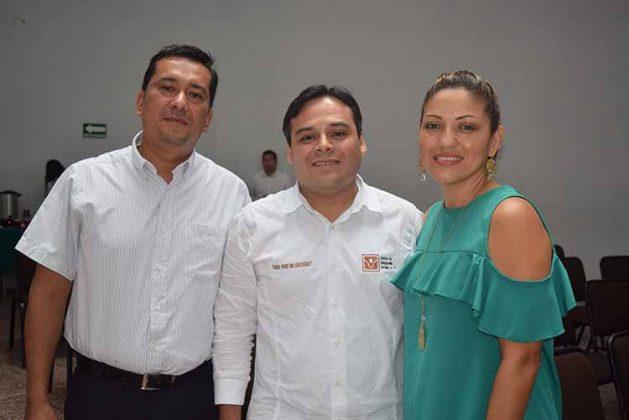Omar Morales, Miguel Mancera, Guadalupe Ramos.