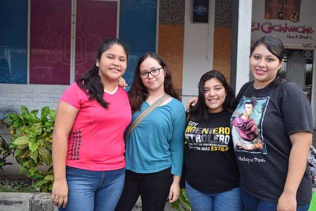 Stephanie Reyes, Fernanda Wong, Gladys Arias, Fernanda Gutiérrez.