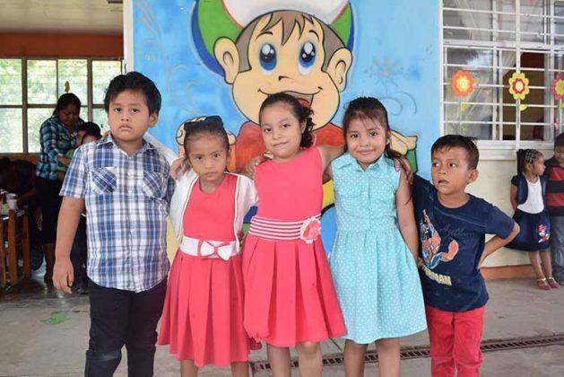 Kevin López, Naomi Antonio, Sayuri Aquino, Karla Mendpza, Wilian de la Cruz.