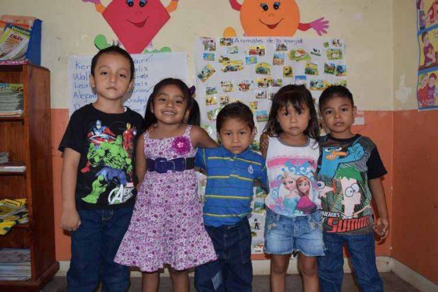 Jacob Ballinas, Daniela Ricardez, Juan Juárez, Diana Gómez, Brian Gutiérrez.