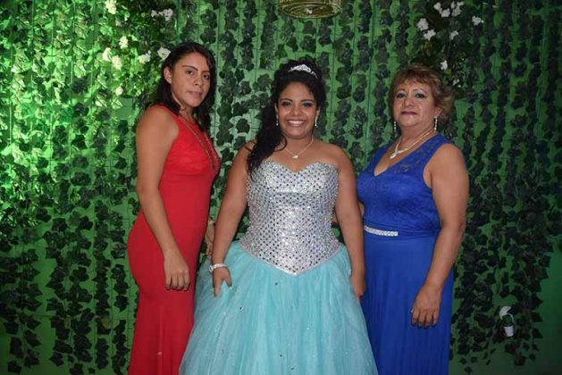 Blanca Lidia Bustamante, Mariana Alvarado, Juanita Gutiérrez.