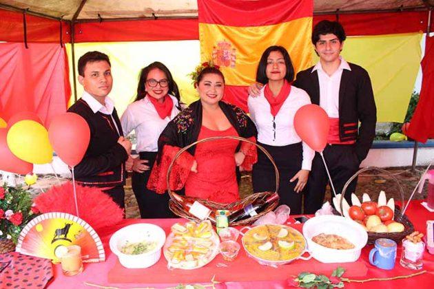 Kevin Gerardo, Karyme Palomeque, Lorenia Javalois, Andrea Ochoa, Ricardo Andrés.