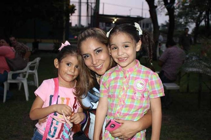 Gabriela Gutiérrez, Priscila Gómez, Sara León.