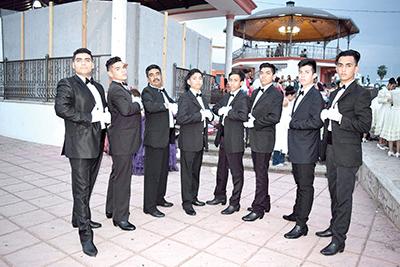 Erick González, Andrés Cadena, Luis Pérez, Ramón Flores, Alejandro Castro, David Martínez, Isaac Olmos.