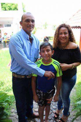 Ernesto, André Cruz, Janeth Reyes.