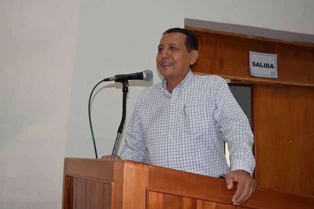Mario Ruiz Redondo en conferencia.