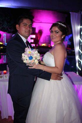 Mario Hernández & Cinthia García.