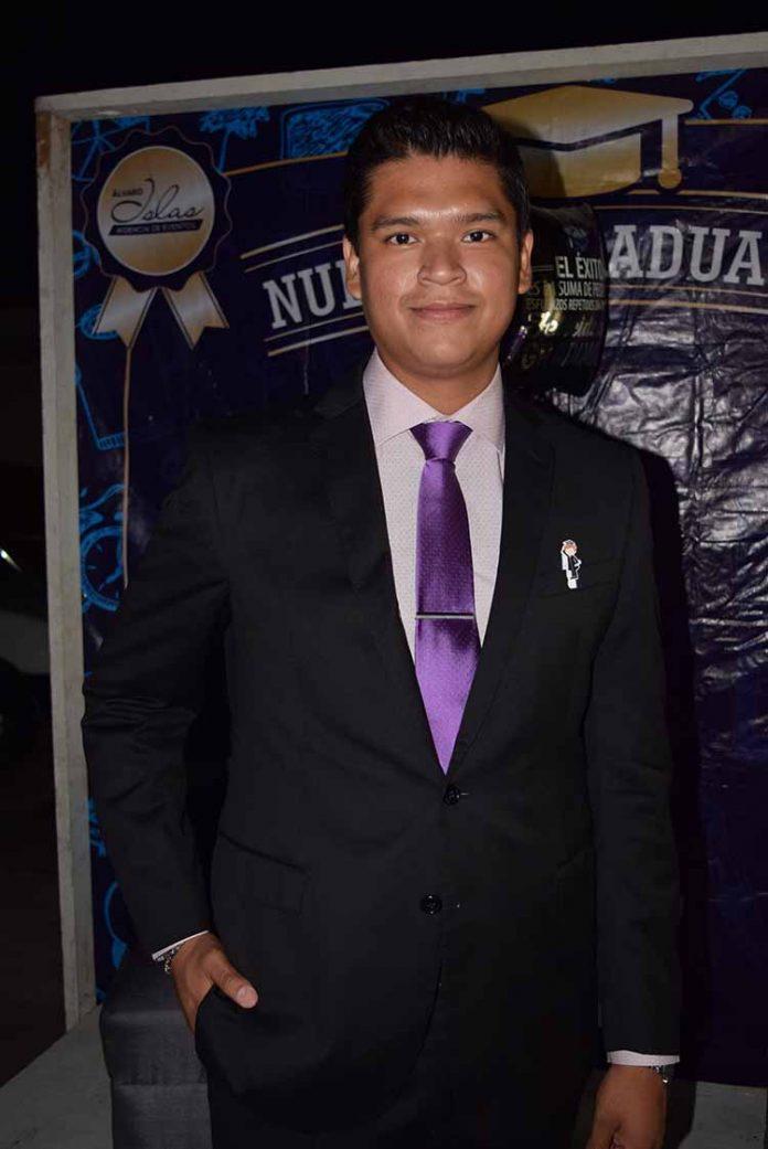 Alex Ochoa.