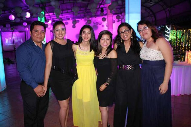 Roberto Chang, Esmeralda López, Rubí López, Karen Carmona, Verónica López, Alejandra Ávila.