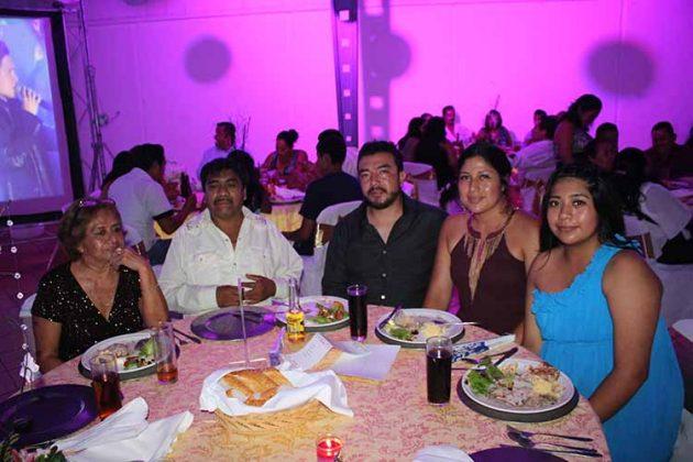 Consuelo López, José Hernández, Miguel Quintana, Verónica Hernández, Sonia Hernández.