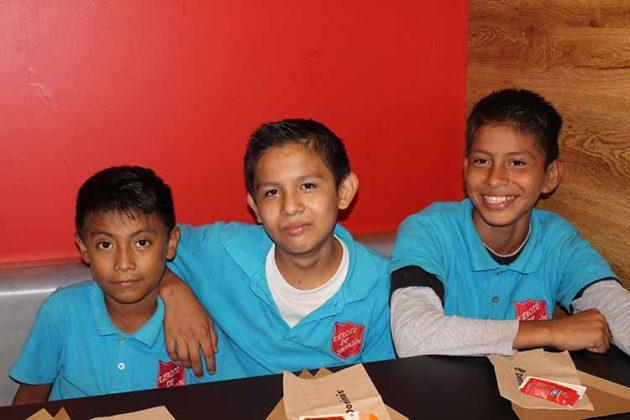 Jonathan Morales, Bernabé Orozco, Brandon Morales.