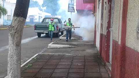Fumigan Refugios Temporales Para Atender Contingencias