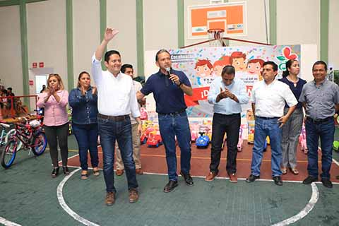 Enrique Álvarez Celebra el Día del Niño en Cacahoatán.