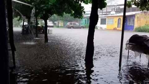 """Reportan Inundaciones en """"Solidaridad 2000"""""""