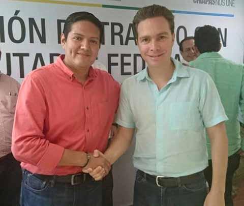 El mandatario estatal destacó que mediante la Tarjeta de Visitante Regional, la estancia de los turistas guatemaltecos pasará de 3 a 7 días, lo que permite un mayor beneficio a través del intercambio turístico y comercial entre ambas naciones.