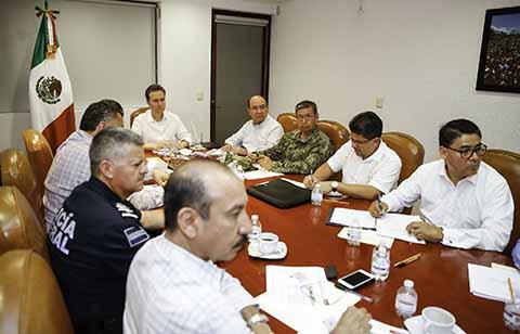 Encabeza el mandatario estatal la Mesa de Seguridad, donde se abordó el trabajo interinstitucional que en esta materia se realiza a favor de la población.