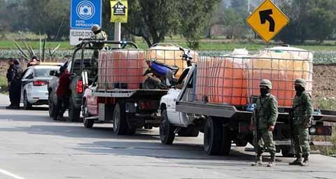 Aseguran Rancho a Líder de Huachicoleros; Confiscan Tráiler y Varios Camiones-Pipa