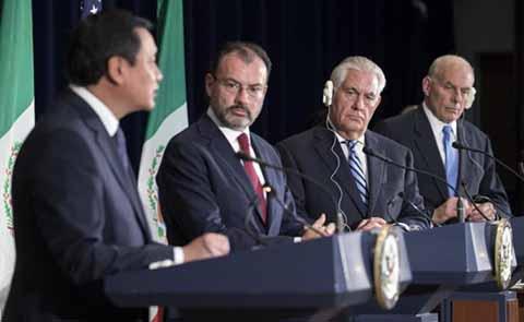 En reunión bilateral en la que estuvieron el Secretario de Gobierno, Miguel Ángel Osorio Chong, el canciller de México, Eduardo Videgaray, y los secretarios de Estado y de Seguridad Nacional de EU, Rex Tillerson y John Kelly, los funcionarios norteamericanos reconocieron que el problema de las drogas en México se debe en parte a la demanda que genera Estados Unidos.