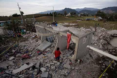 Explosión de Pirotecnia En Puebla Deja 14 Muertos