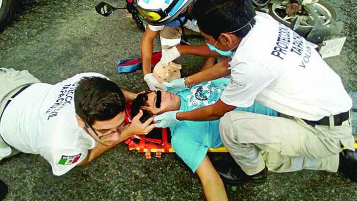 Motociclista Malherido en Choque por Alcance