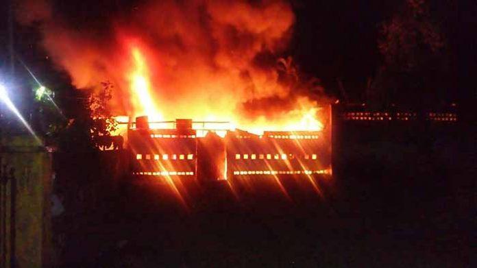 Se Incendió Bodega en la Central Oriente