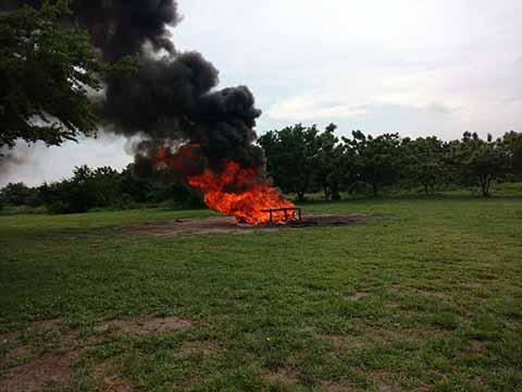 En las Instalaciones de la Zona Naval, se llevó a cabo la incineración de cerca 697.343 kg de cocaína, 128 kg de marihuana y una tonelada de lactosa, droga que fue asegurada en diferentes acciones por parte del personal de Marina-Armada de México en las Costas de Chiapas.