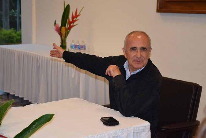 Pedro Ferriz de Con.