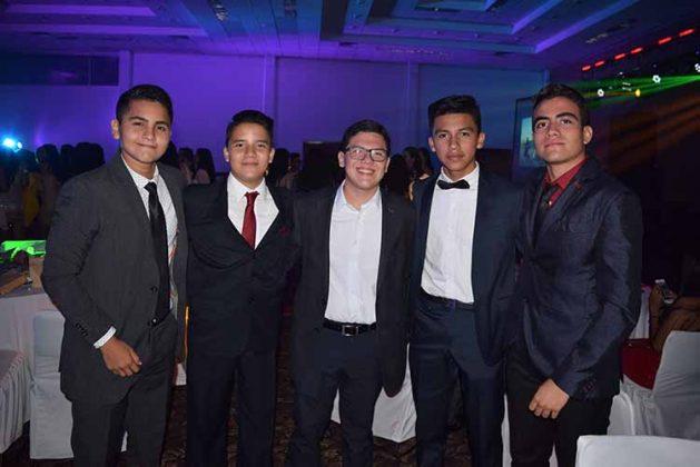 Ángel López, Eduardo Somoano, Carlos Juárez, Jorge Wong, Javier Ibarra.