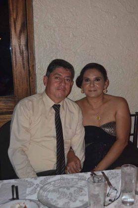 Armando Robles, Beatriz Gutiérrez.