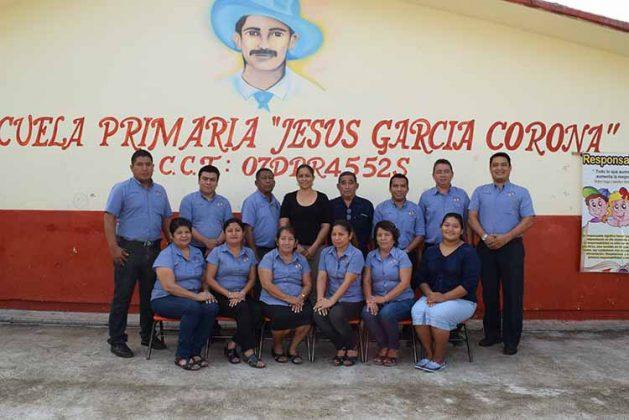 """Plantilla de la primaria """"Jesús García Corona""""."""