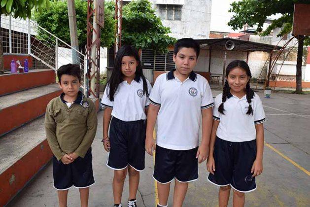Libna Chang, Alejandro Alcantar, Vanesa Abraham.