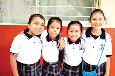 Itzel Tovar, Valeria González, Laura Vázquez, Génesis Torres.