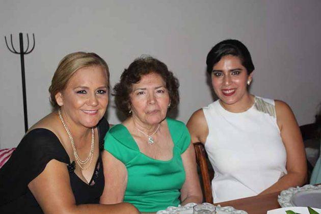 Josefina Córdoba, Alba García, Graciela García.